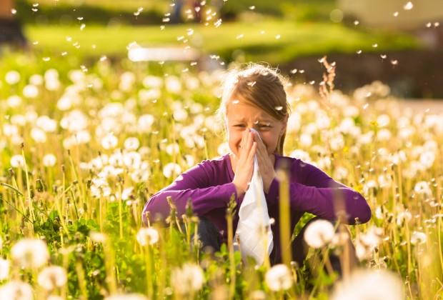 Allergie di primavera: rimedi farmacologici e naturali